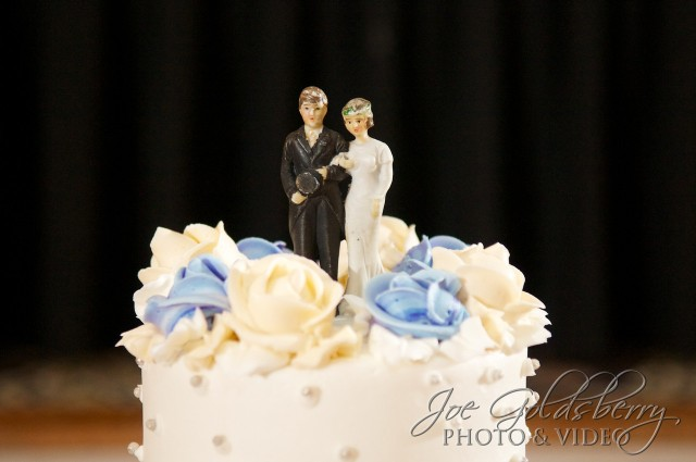 Old fashioned cake topper