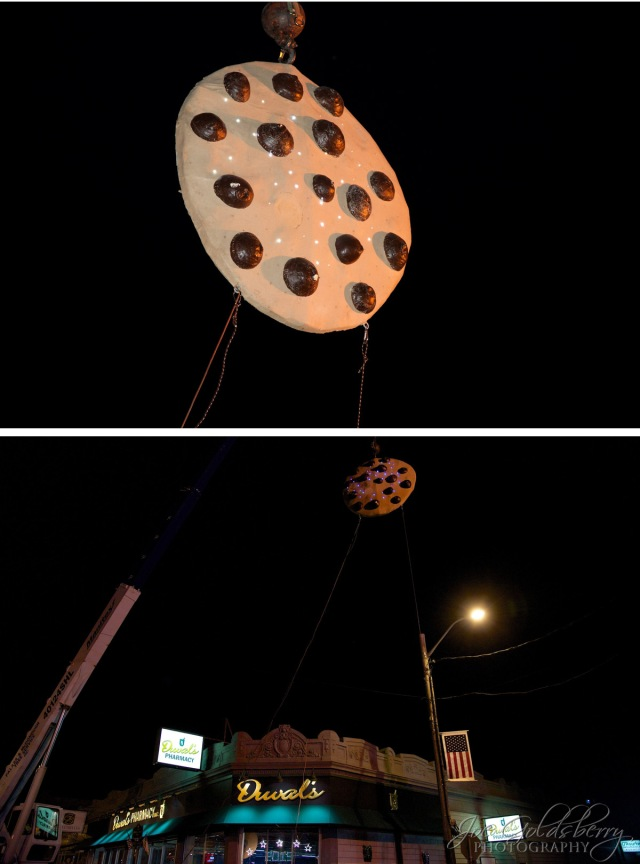 Up in the sky! It's a bird! It's a plane! It's a six foot cookie!